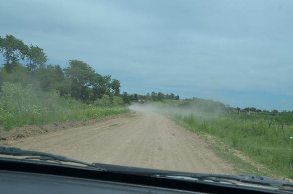 Camino hacia el Río Paraná, en San Pedro, Argentina