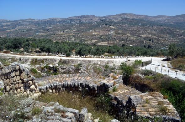 Ruinas de una de las tantas edificaciones hechas por Herodes