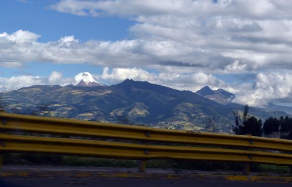 El Cotopaxi desde la ruta