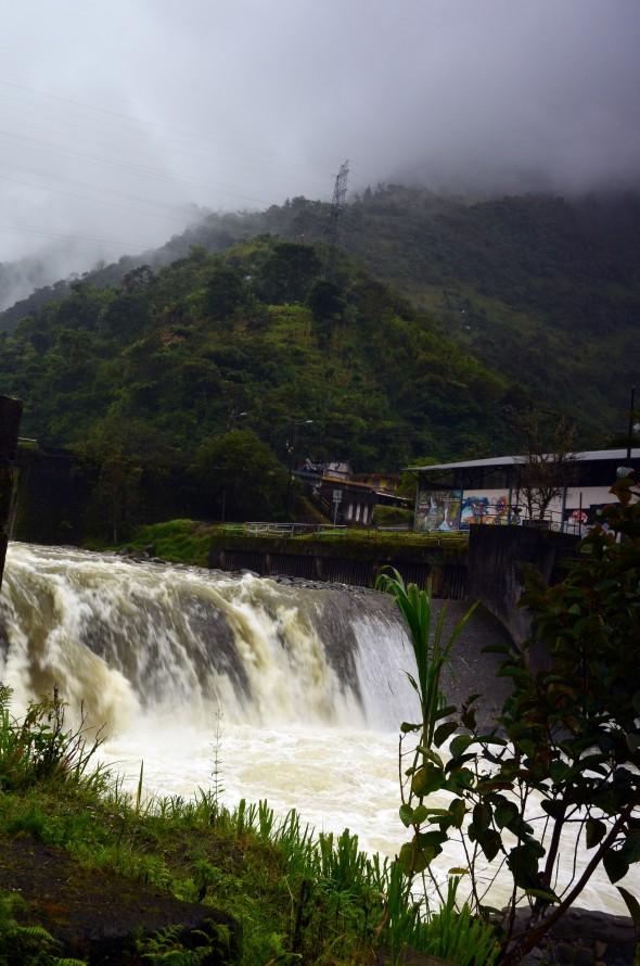 Rápidos del Río Verde en Baños, Ecuador.